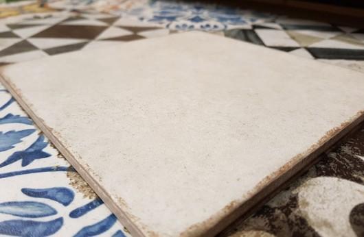 Pavimento e rivestimento in gres Agadir 20x20 tinta unita