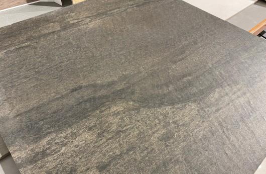 Pavimento in gres galleggiante Pietra Antracite 81x81 18mm di spessore