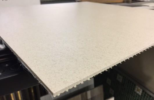 Lastra 3,5 mm di spessore in gres Avorio con rete 1°scelta