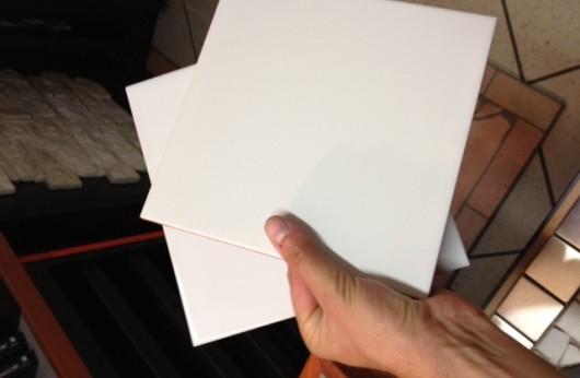 Rivestimento in bicottura 20x20 bianco lucido