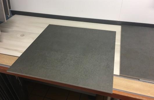 Pavimento in gres porcellanato Concrete Dark rettificato