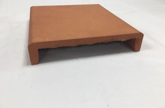 Copertina in cotto arrotato naturale bordo semplice