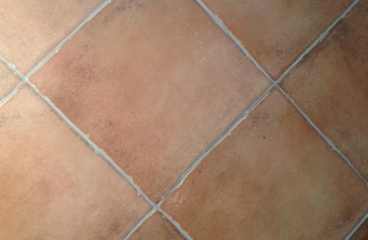 Pavimento per interni liscio opaco effetto cotto R9