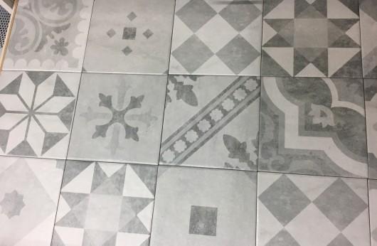 Pavimento e rivestimento in gres Eternity 20x20 decorato