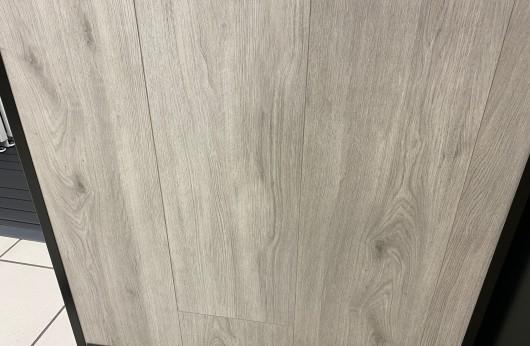 Pavimento in gres porcellanato effetto legno Farm Grigio 1° Scelta