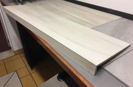 Gradone Lineare a elle effetto legno white tuliper