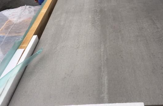 Lastra 3,5 mm di spessore Grigio 100x100 in gres con rete 1°scelta