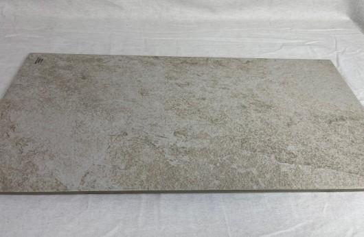 Pavimento e rivestimento in gres porcellanato sassolato BIANCO