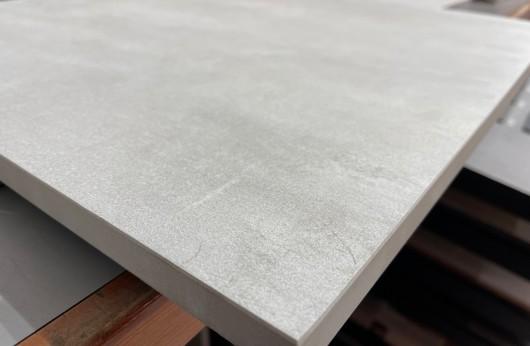 Pavimento in gres porcellanato galleggiante WHITE PLUS 60x60