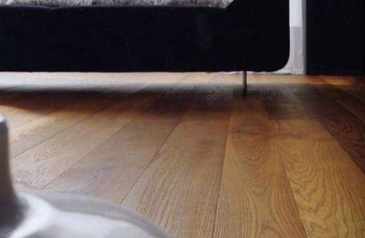 Pavimento in legno Plancia Rovere spazzolato Noce Classic