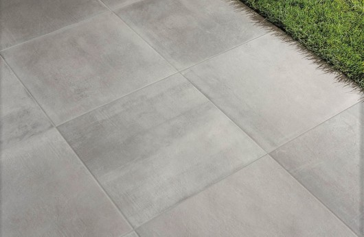 Pavimento in gres galleggiante Light Grey 75x75 2cm di spessore