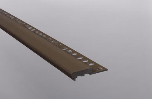 Gradino stondato marron scuro barra da 2,5 m