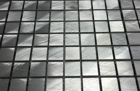 mosaico in alluminio spazzolato