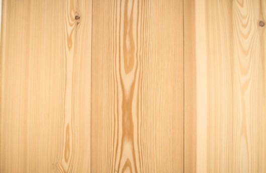 Pavimento in legno Plancia Larice verniciato opaco spazzolato