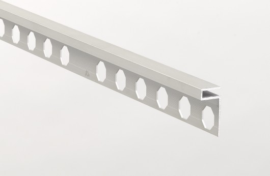 Profilo decorativo in alluminio Argento Opaco barre da 2,5 metri lineari