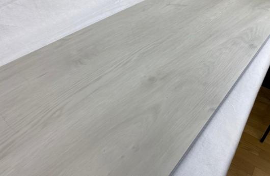 Pavimento in vinilico SPC Rovere Bianco spessore 6 mm