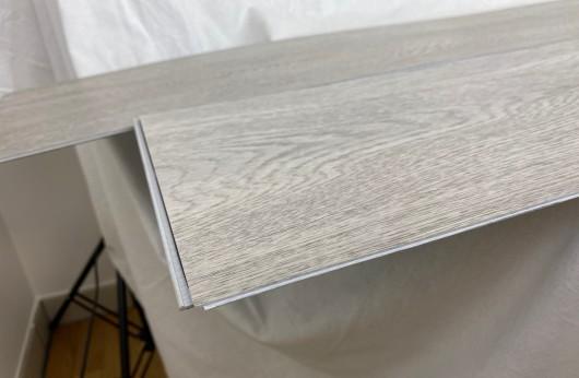 Pavimento in vinilico SPC Rovere Chester Grigio spessore 6 mm