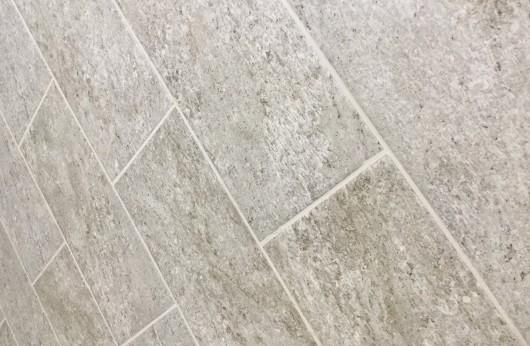 Pavimento in gres porcellanato per esterno Terraforte Grigio R11