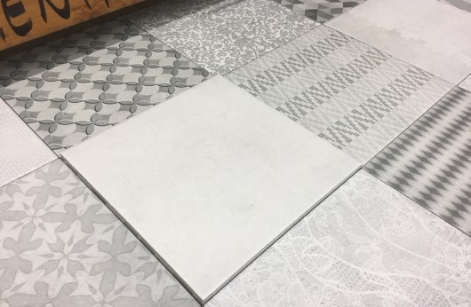Pavimento e rivestimento in gres Trame bianco 20x20 tinta unita