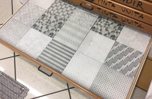 Pavimento e rivestimento in gres Trame Mix 20x20 decorato