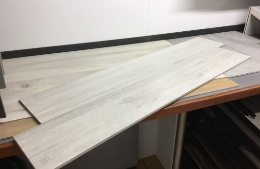 Pavimento Effetto legno White 20x120 1°Scelta