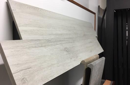 Pavimento in gres porcellanato Effetto legno White 20x120 1°Scelta