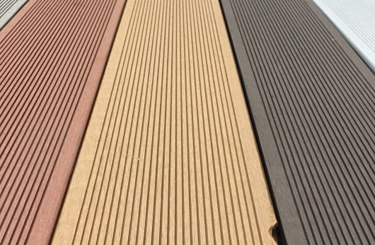 Pavimento per esterno Wpc Teak pieno 23 mm