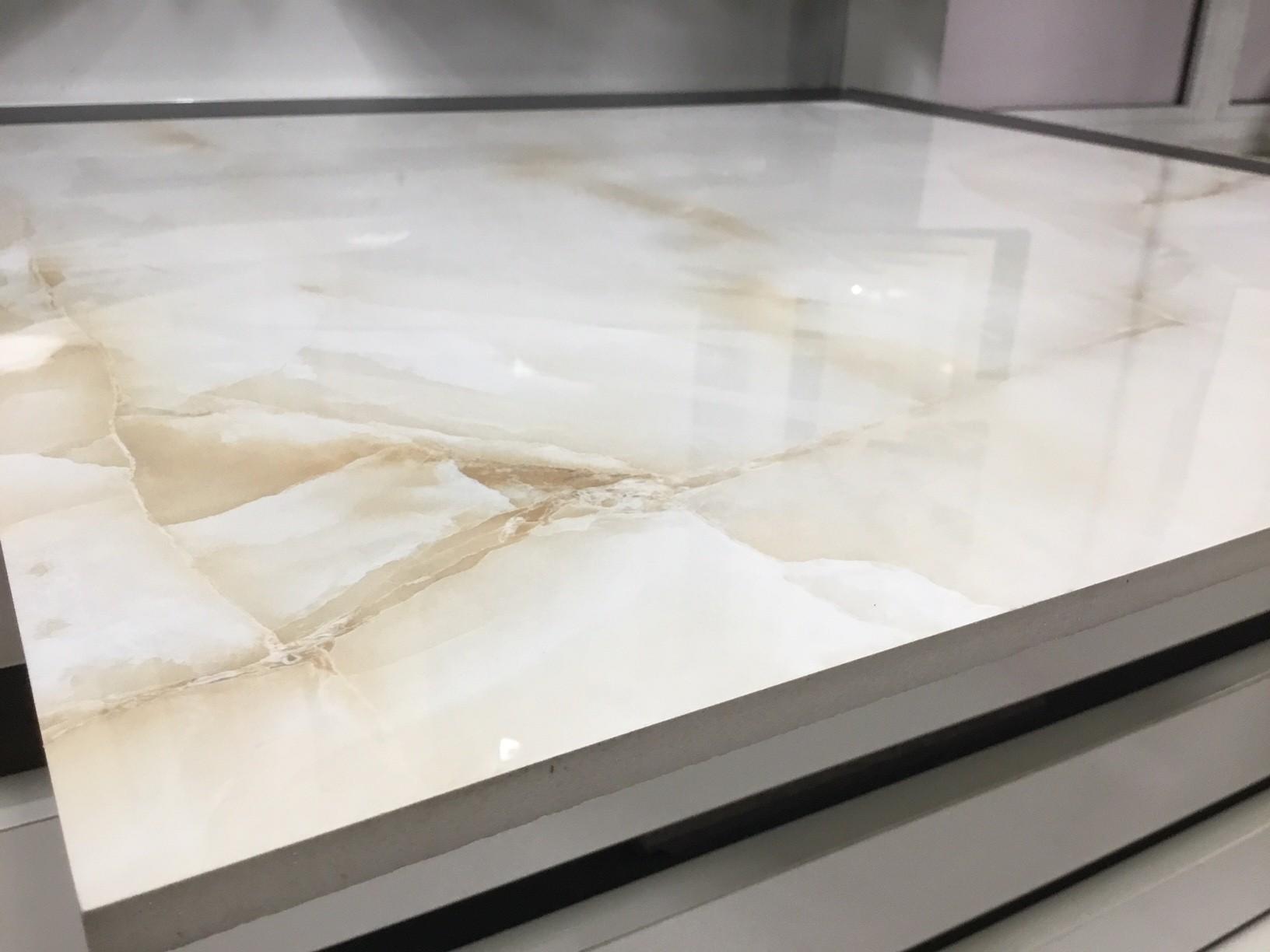 Pavimento in gres porcellanato levigato Verona Beige effetto marmo 1°Scelta