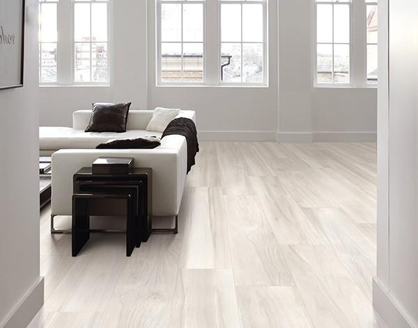 Pavimento in gres porcellanato Effetto Legno White Tuliper 20x120