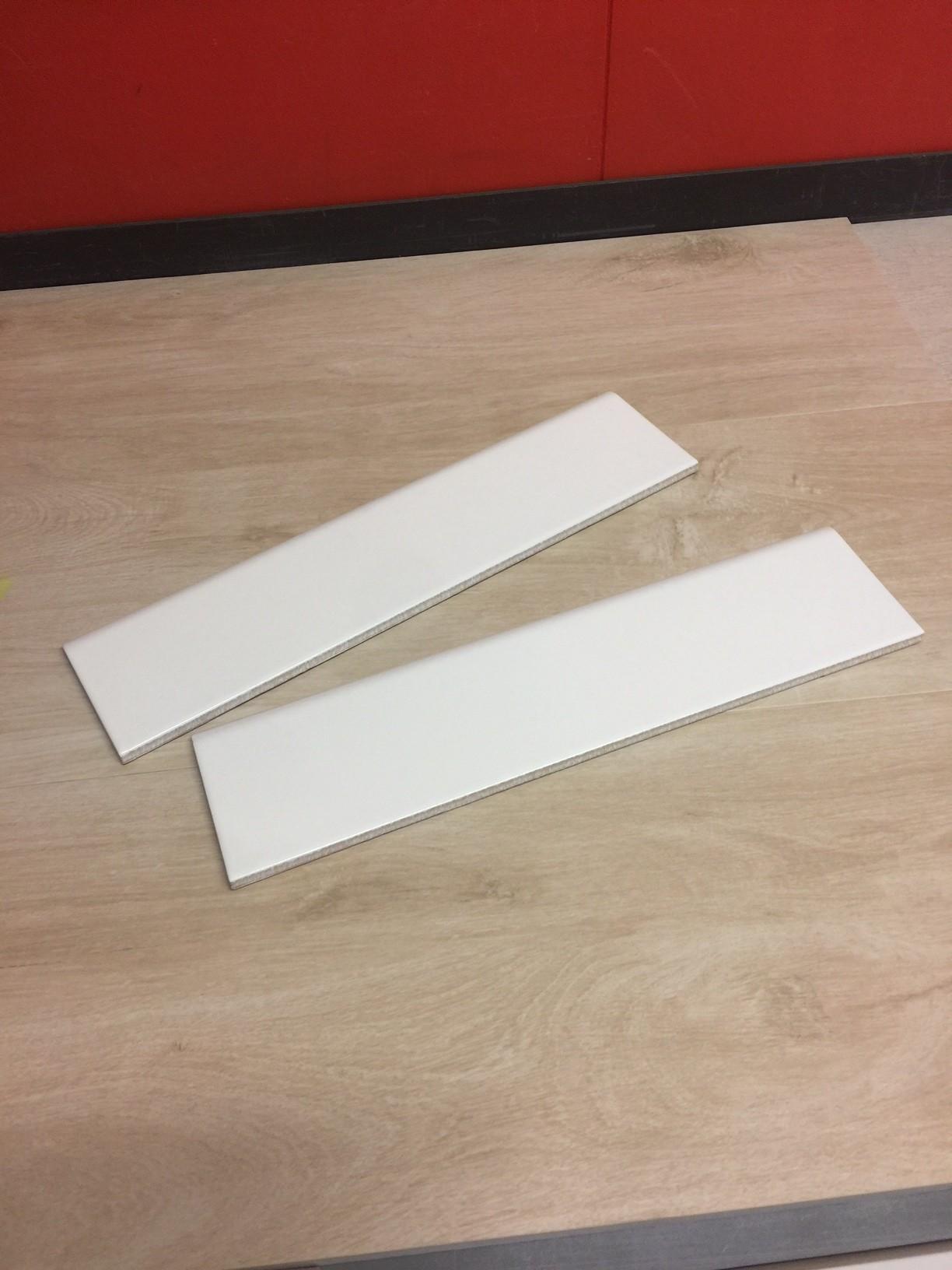 Battiscopa in gres smaltato bianco 8x33,3