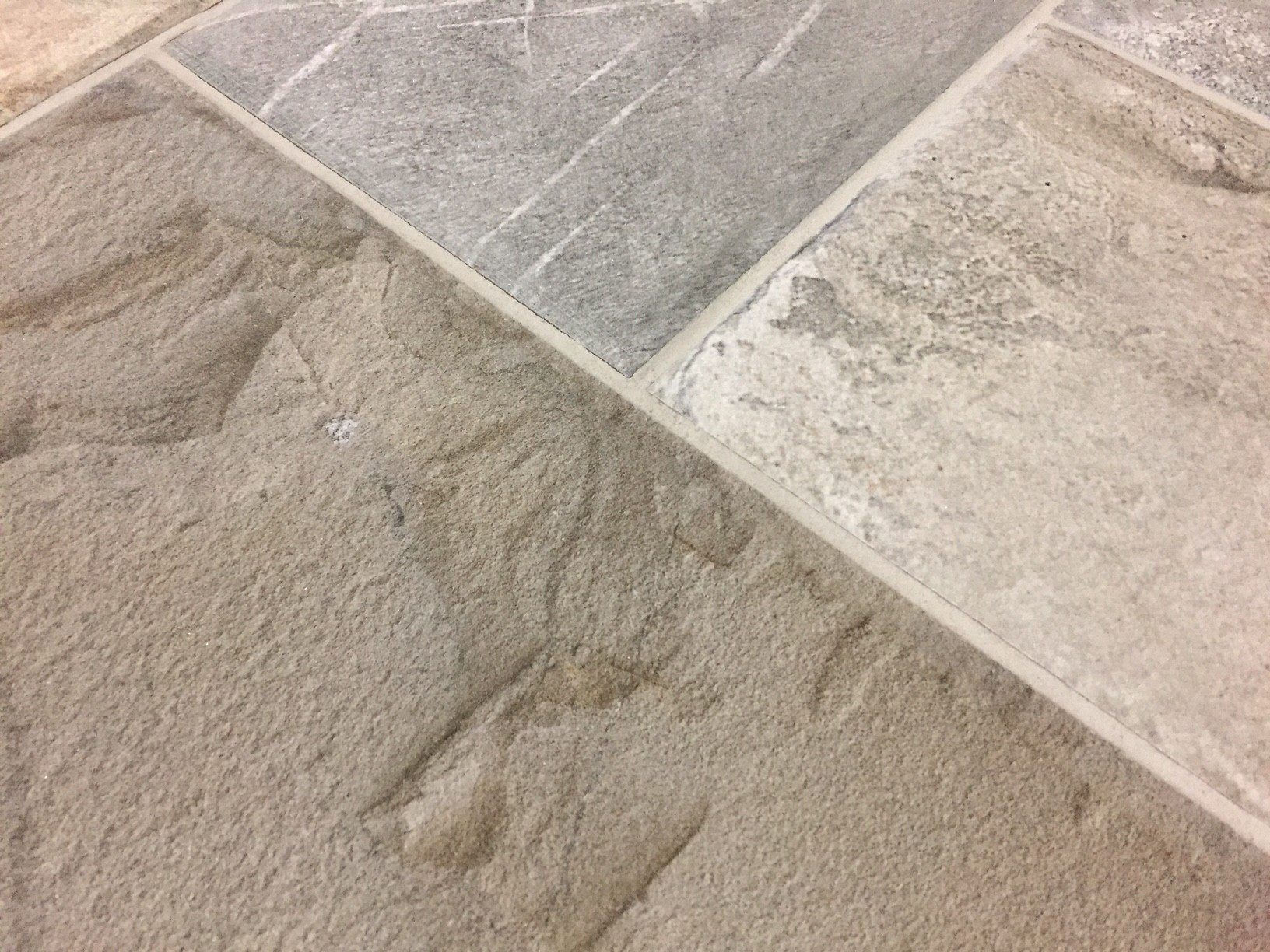 Pavimento tavella gres esterno bertolani store